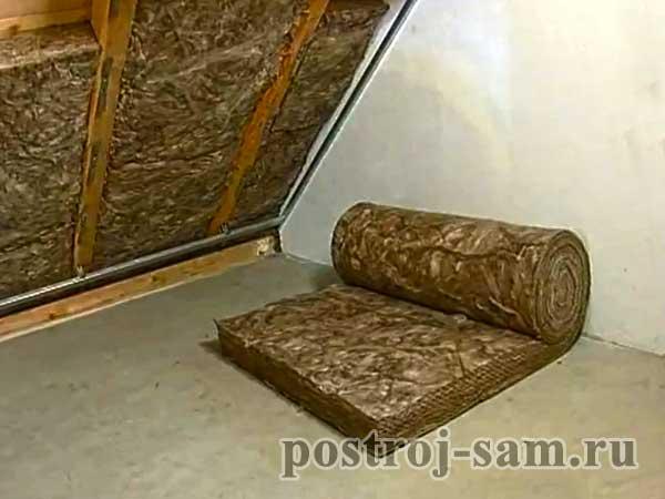 недостаточное утепление крыши дома